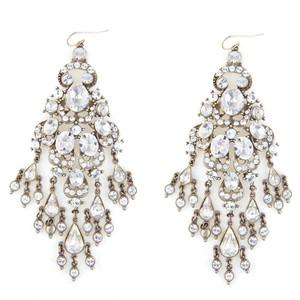Are big earrings appropriate daytimewear?